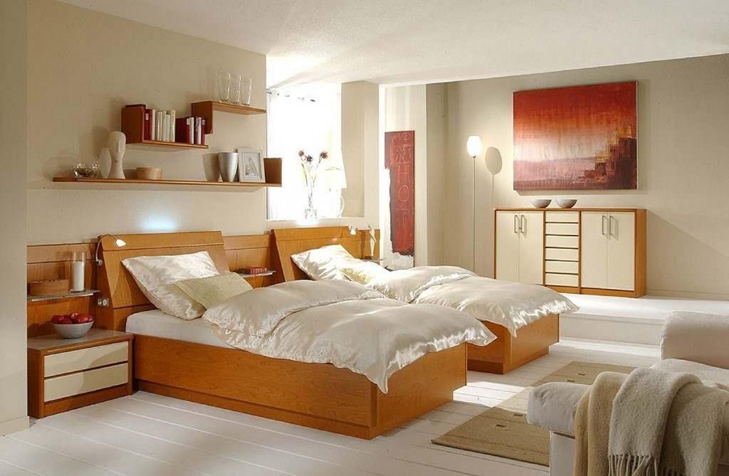 berbauschlafzimmer mit beleuchtung. Black Bedroom Furniture Sets. Home Design Ideas