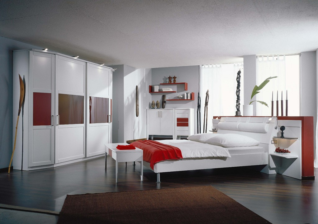 schlafzimmer lack wei und rot. Black Bedroom Furniture Sets. Home Design Ideas