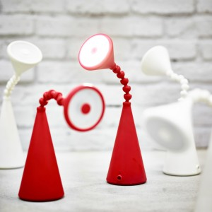 LED Tischleuchte FRYEBO - © IKEA